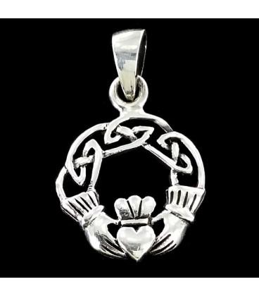 El anillo de Claddagh Colgante de plata