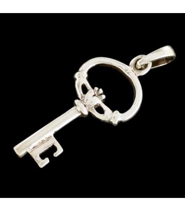 La llave del Amor, con Anillo Claddagh