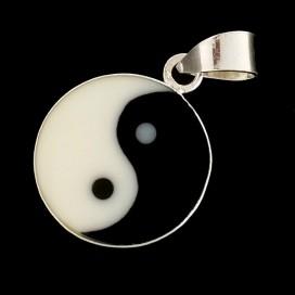 Yin Yang. Colgante de plata