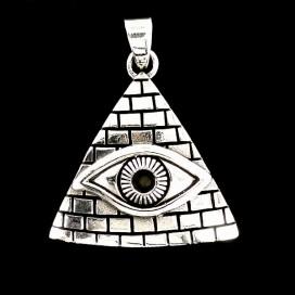 Ojo de Orus en piramide