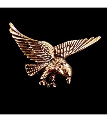 Aguila. Colgante de bronce