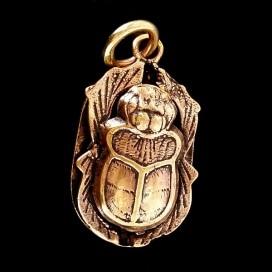 Khepri Amuleto egipcio para tu proteccion de bronce