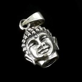 Buda. Colgante de plata