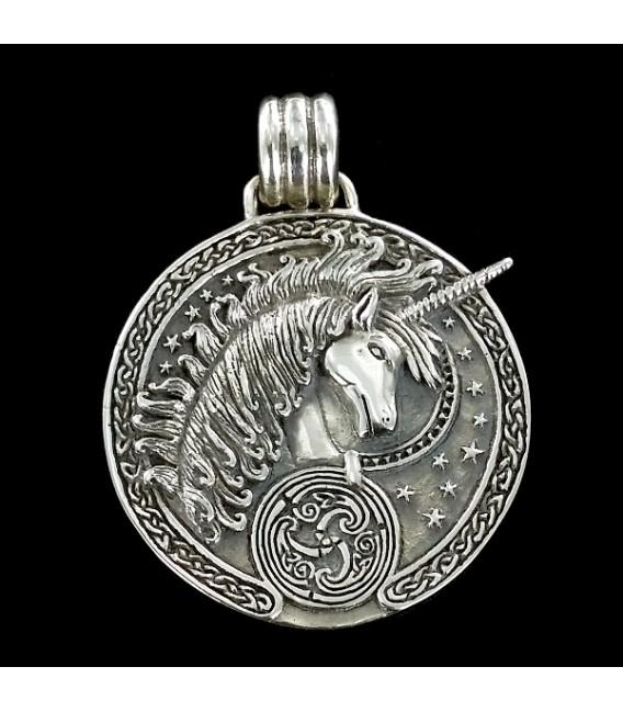 Unicornio medalla de plata