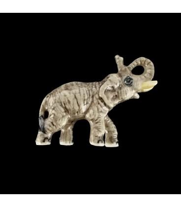 Elefante del Poder figurita de porcelana