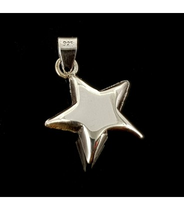 Star pendant. Silver.
