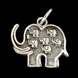 Elefante de plata con cadena