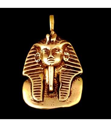 Faraon. Colgante de bronce