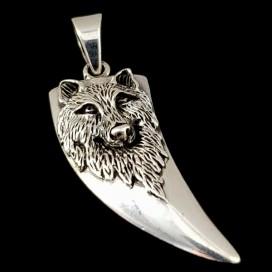 Lobo de plata de ley