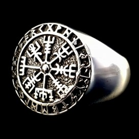 Vegvisir with runic circle. Sterling silver ring.